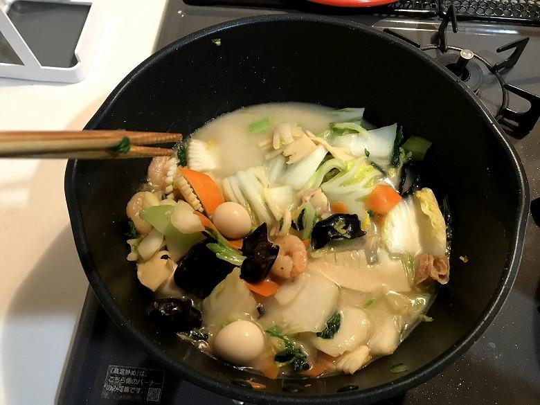 ミールキット9品目の八宝菜(海老・帆立・いか)水溶き片栗粉入れた
