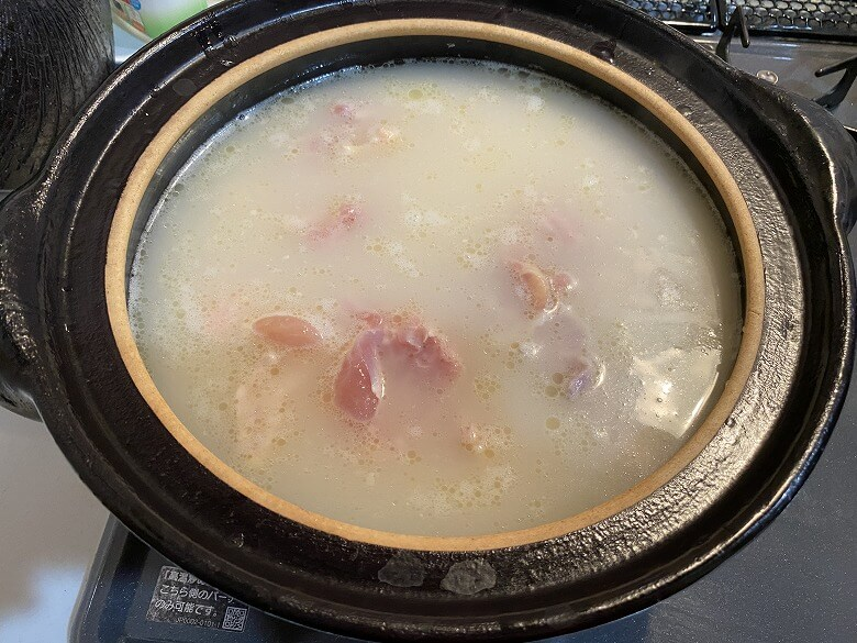 コープデリ「みつせ鶏のふわふわだんごと白湯スープ」お鍋バージョン作り方②