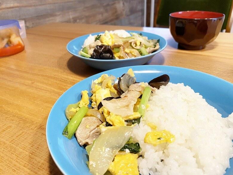 コープデリミールキット豚肉ときくらげと野菜のたまご炒め レビュー どんぶり風